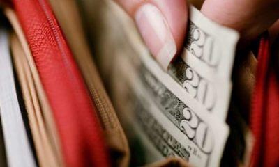Swipe Up Shopping: Social spending sweeps the nation 5