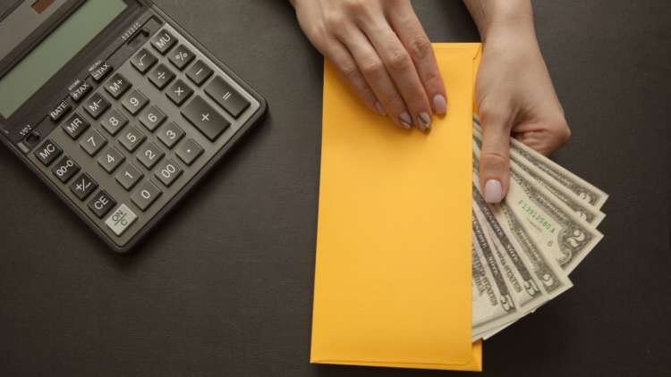 Four Tips to Improve Financial Wellbeing in the Workplace 1
