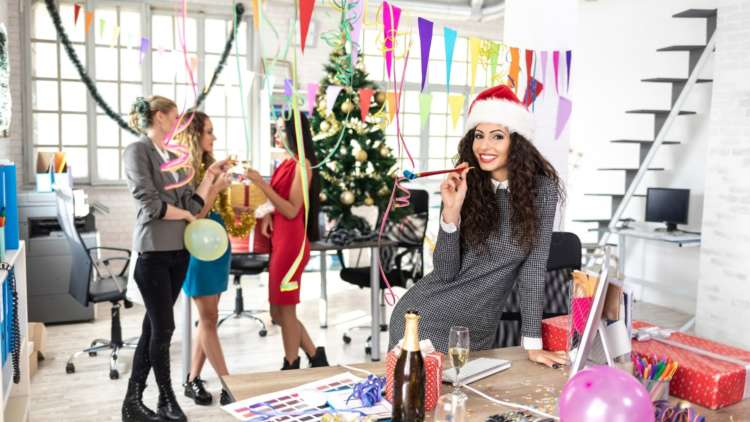 Five things to consider when organising a remote work Christmas party 19
