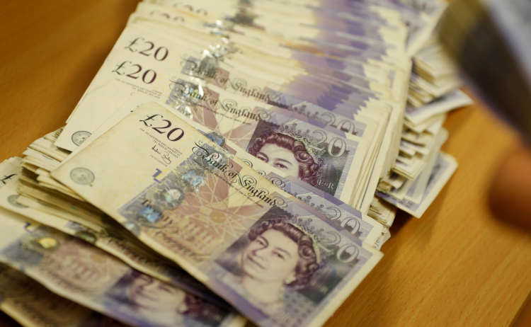 Sterling rises above $1.37 for first time since 2018; UK inflation rises 1