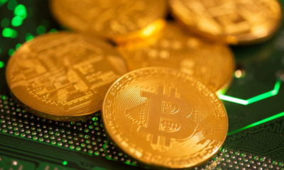 Bitcoin slumps 10% as pullback from record high gathers pace 11