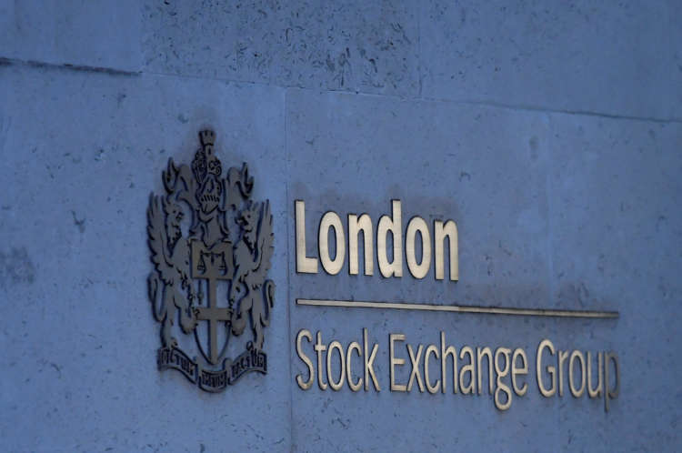 British shares slip as energy, mining stocks weigh 14