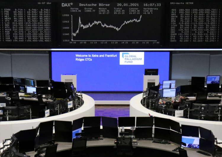 European stocks sapped by weak economic data, travel curbs 22