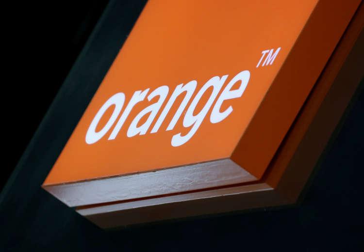 Orange sells 1.3 billion euros worth of fixed fibre assets in France 4