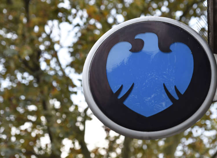 Barclays raises 2021 oil view; sees near-term risks from rising virus cases in China 1