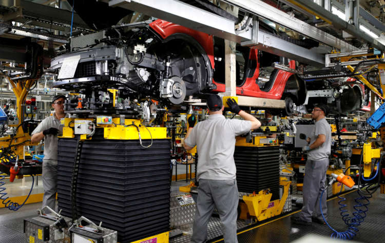 UK car output slumps to lowest level since 1984 amid COVID hit 16
