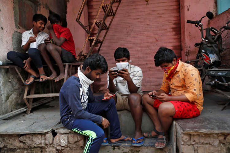 Analysis-Your data for cash: Indian lending apps force tough choice 10