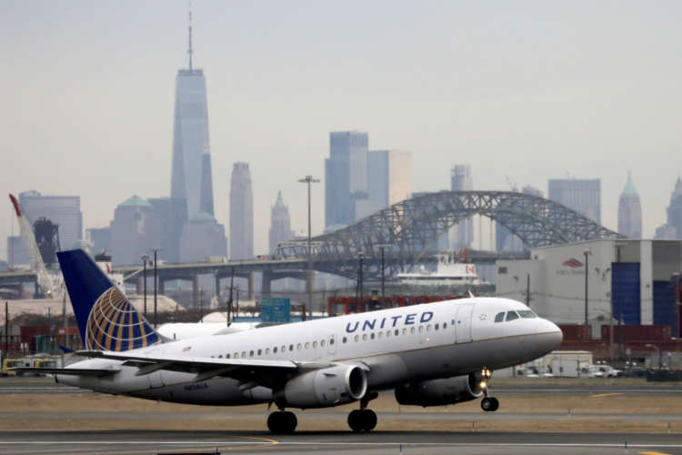 United sends 14,000 furlough warnings; unions seek $15B new U.S. aid for airlines 1