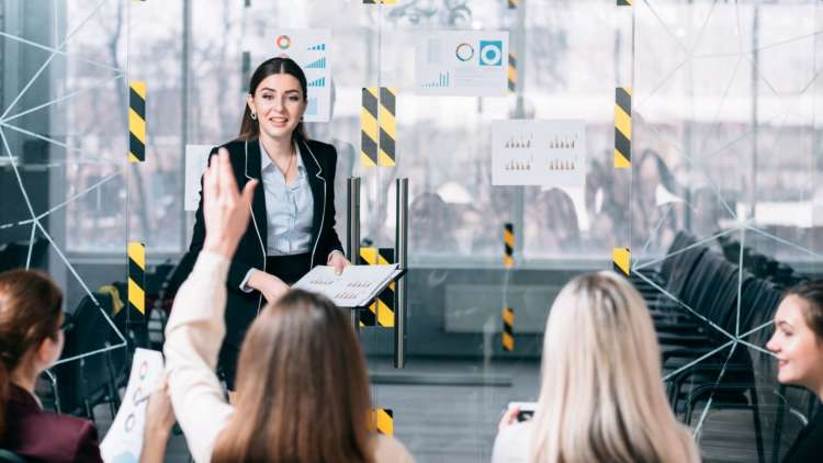 Why businesses need to upgrade their corporate training strategies in 2021 1