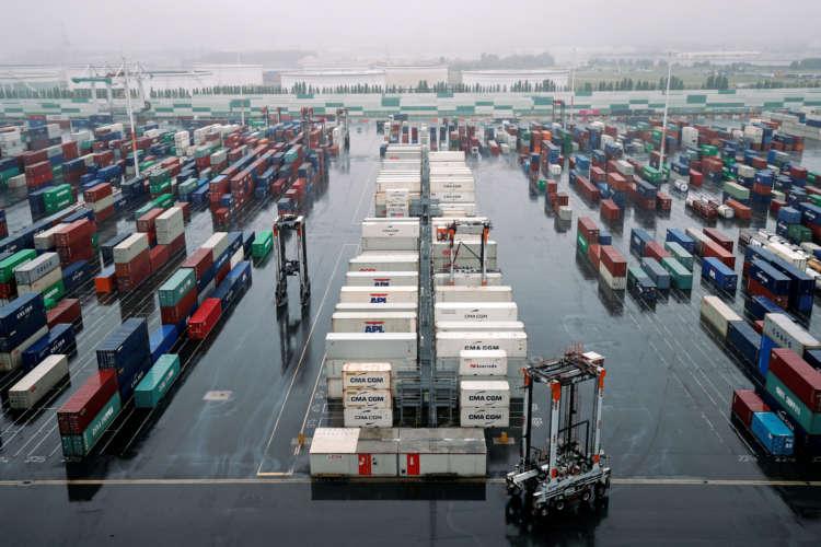 Euro zone Dec trade surplus rises more than expected 1