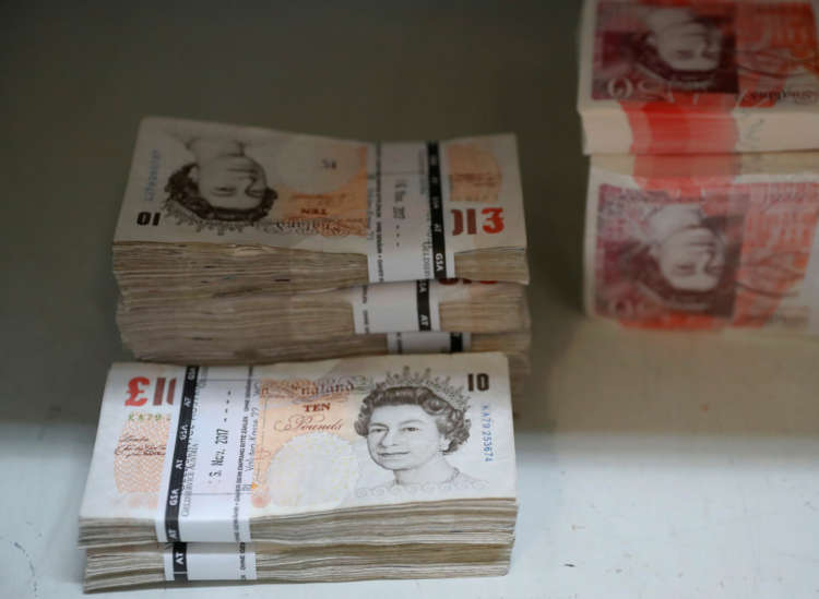 Sterling hits fresh highs vs dollar and euro 1