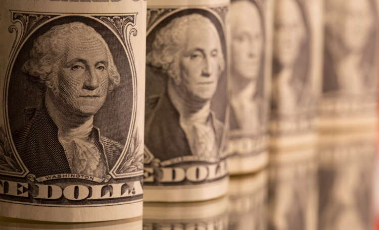 Dollar bounces off six-week low as traders prepare for Powell 19