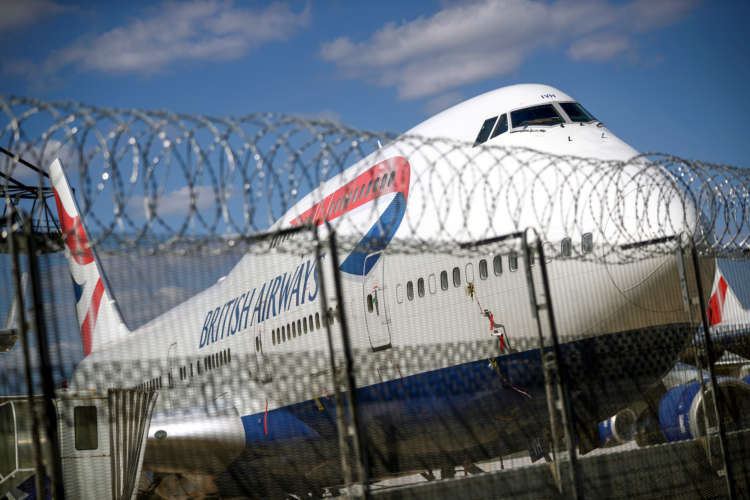 Pandemic pushes BA-owner IAG to a 4.4 billion euro loss in 2020 1