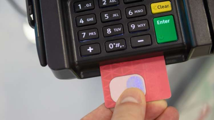 Can banks acquire customers with biometric payment cards? 9