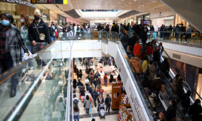 UK shopper numbers rise for sixth straight week as Britons tire of lockdown 4