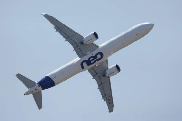 Boeing cites risks in design of newest Airbus jet 5