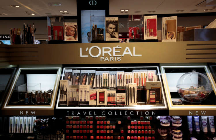 L'Oreal responds to push for natural ingredients in make-up 3