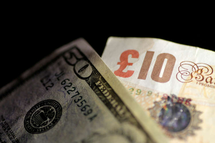 Sterling holds above $1.39, rises vs euro after Sunak's generous budget 1