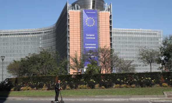 EU sets itself jobs, training and equality targets for 2030 3