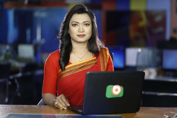 Anchorwoman: Bangladesh's first trans newsreader hopes to foster acceptance 1