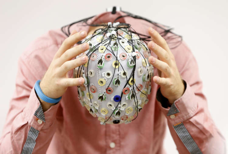 Analysis-Out of my mind: Advances in brain tech spur calls for 'neuro-rights' 17