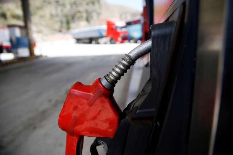 Oil falls as demand concerns outweigh Suez Canal disruptions 1