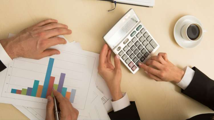 UK businesses prepared to spend a third of their annual budget on a payments solution but confused by options