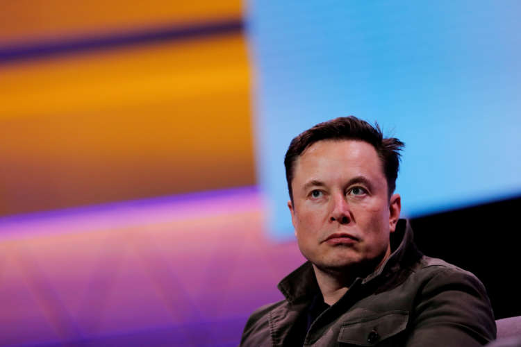 Elon Musk's Neuralink shows monkey with brain-chip playing videogame by thinking 1