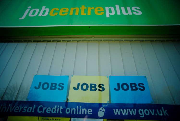 UK job ads return to pre-pandemic level - Adzuna 1
