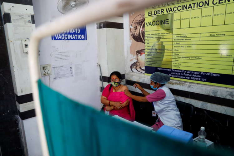 Fears of vaccine exclusion as India uses digital ID, facial recognition 1