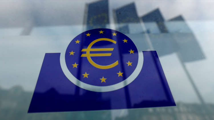 ECB survey sees slower growth, faster inflation this year
