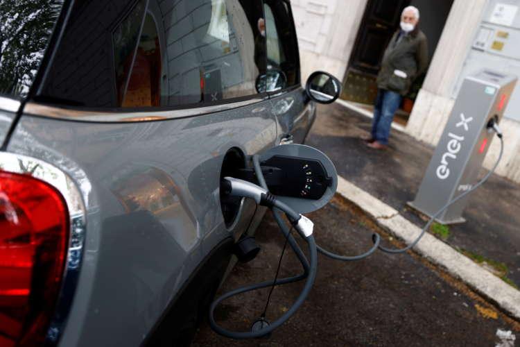 Analysis: Europe's Green Revolution? Italy's spending plans raise doubts