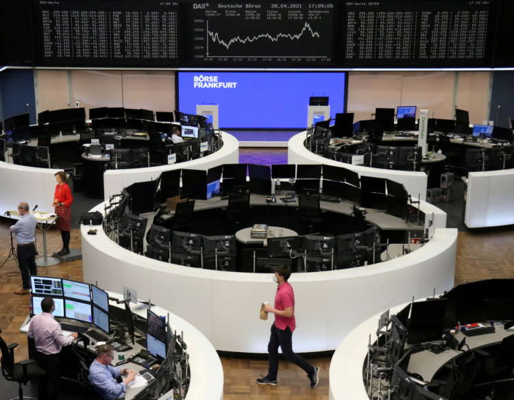 Unilever, Nokia earnings push European shares towards record high