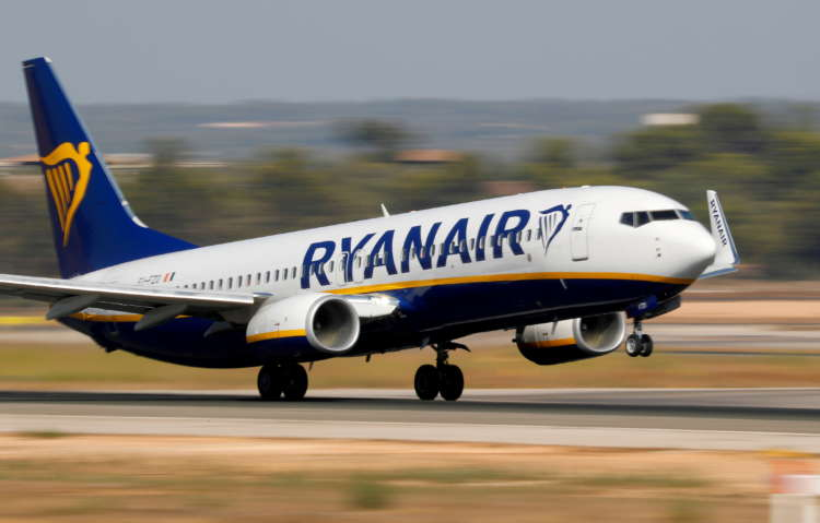 Ryanair commits to 12.5% sustainable fuel by 2030