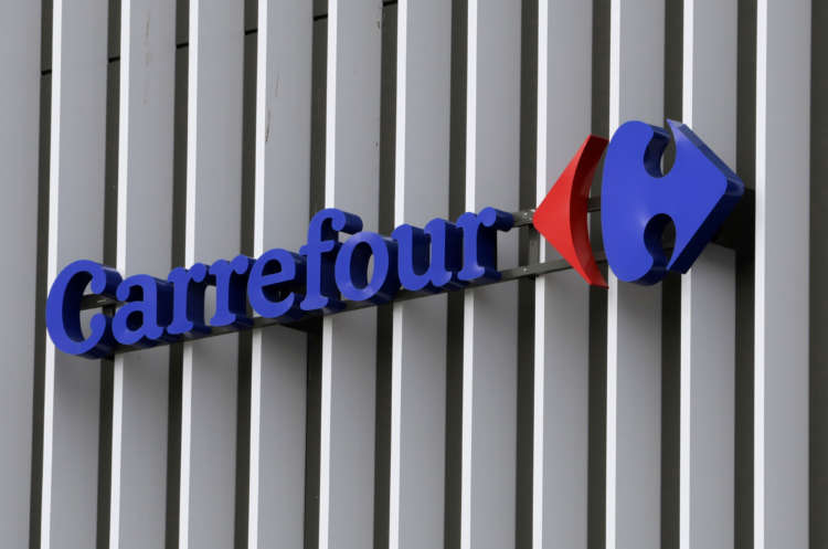Retailer Carrefour unveils share buyback after strong Q1 sales