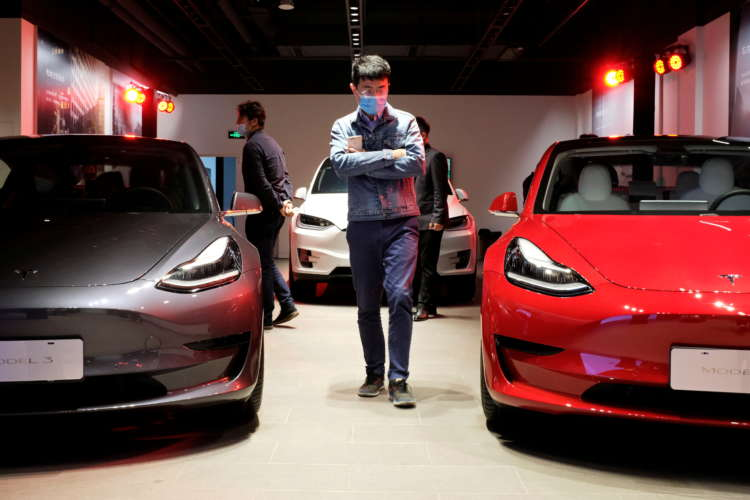 Tesla comes under growing China pressure after customer complaint