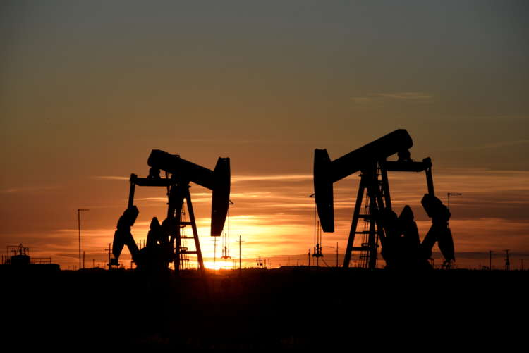 Oil rises on U.S. and European demand growth optimism 1