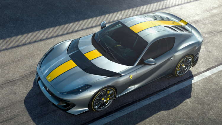 Ferrari pushes back profit goal, but keeps electric pledge 1