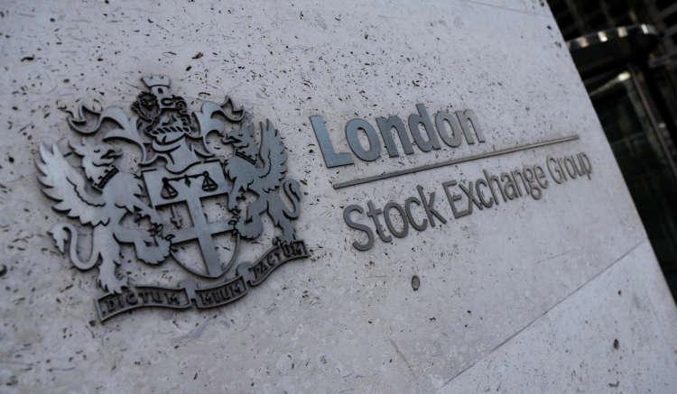 Banks, energy stocks lift FTSE 100, still posts worst weekly losses since Feb 6