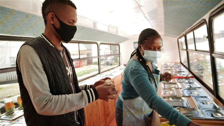 In South Africa, a zero-waste food bus hopes to drive away hunger 1