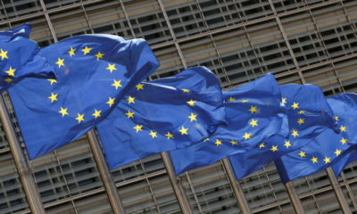 Analysis-New York could profit from Brexit tussle over euro derivatives 7
