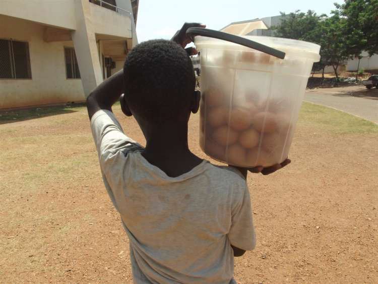 Pandemic pushes more child vendors onto Central African Republic's streets