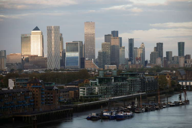 Sustainable finance scramble reaches currency derivatives market
