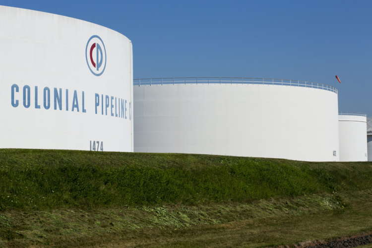 Fuel shortages worsen on sixth day of top U.S. fuel pipeline outage
