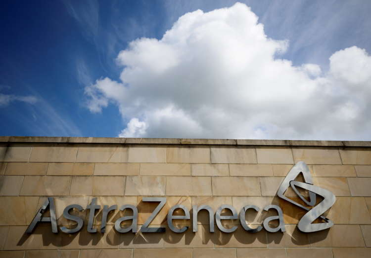 AstraZeneca investors narrowly approve CEO's 2021 pay package