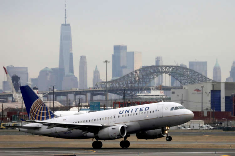 Major airline CEOs call for summit to speed UK-US travel