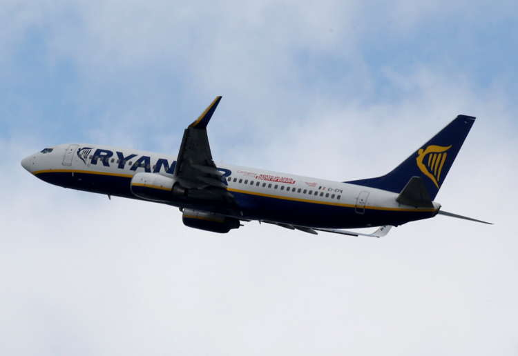 Ryanair posts record annual loss, but says COVID-19 recovery has begun