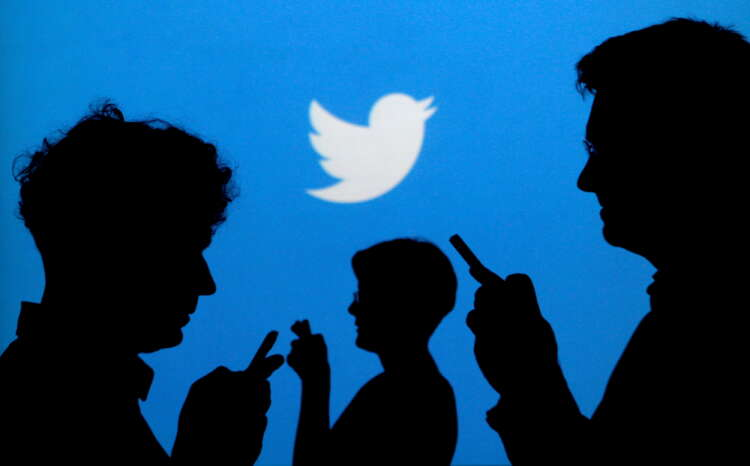 Twitter begins rolling out subscription product to undo tweets, customize app 1