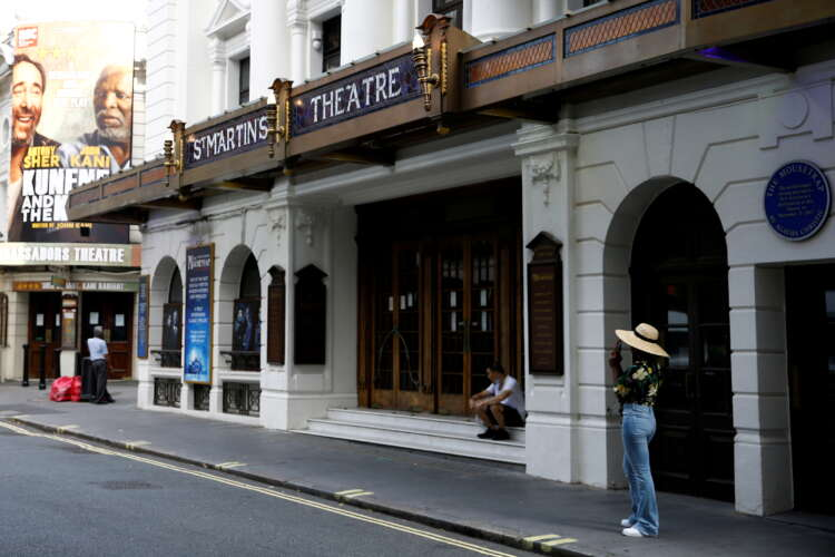 London theatres face 'disastrous delay' for full re-opening 1