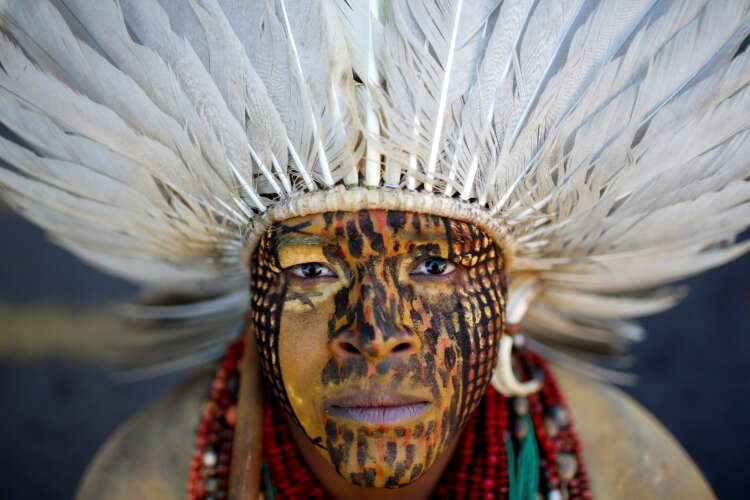 Firing arrows, indigenous people in Brazil protest bill curtailing land rights 1